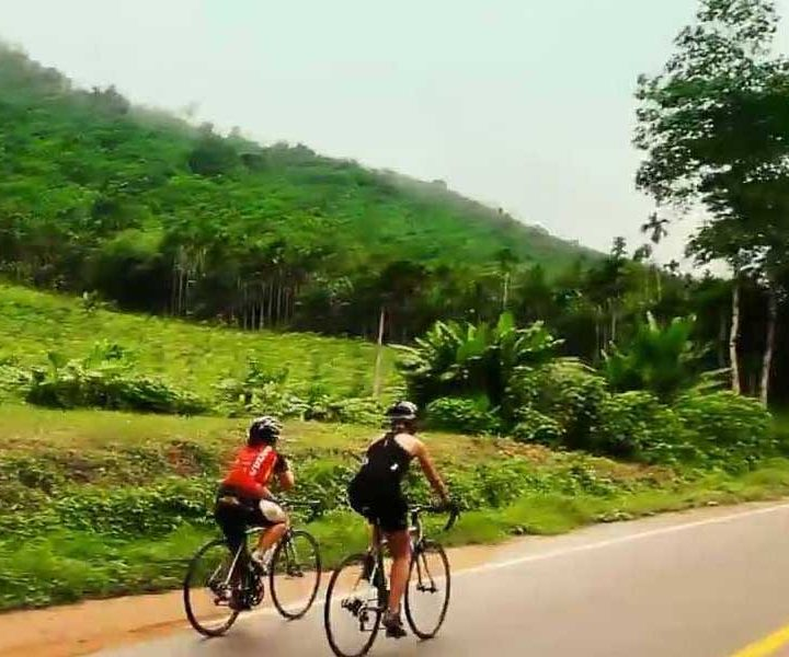 kerala-cycling-tour-900X600