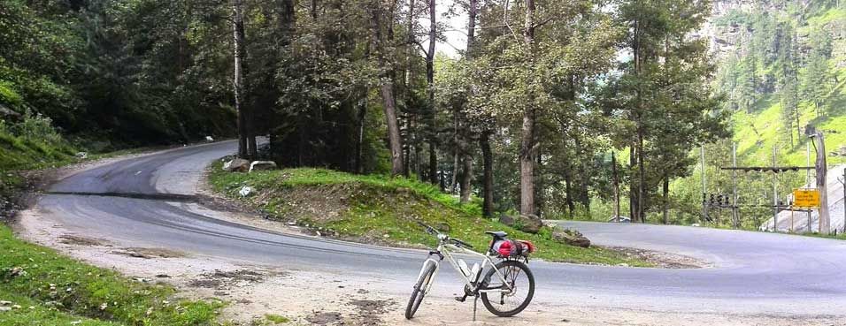 manali leh bike tour