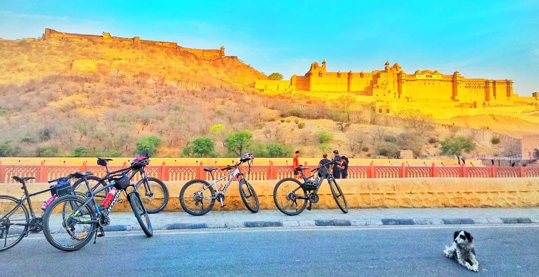 Amer Bicycle Tour